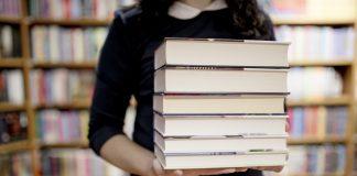 Carta, colegio prohíbe usar las palabras padre y madre