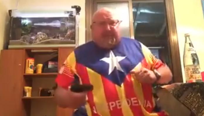 Un separatista publica un vídeo amenazando con una pistola