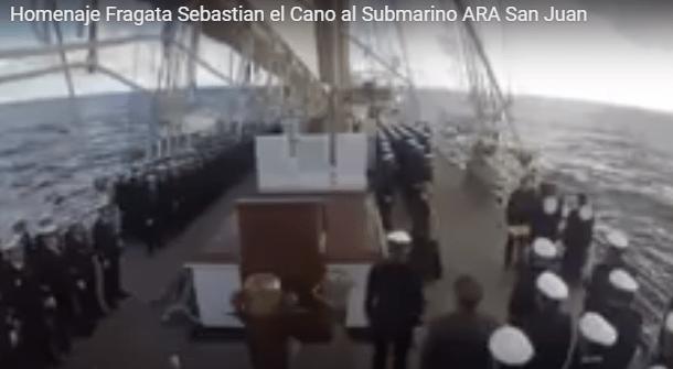 Homenaje del Juan Sebastián Elcano al ARA San Juan