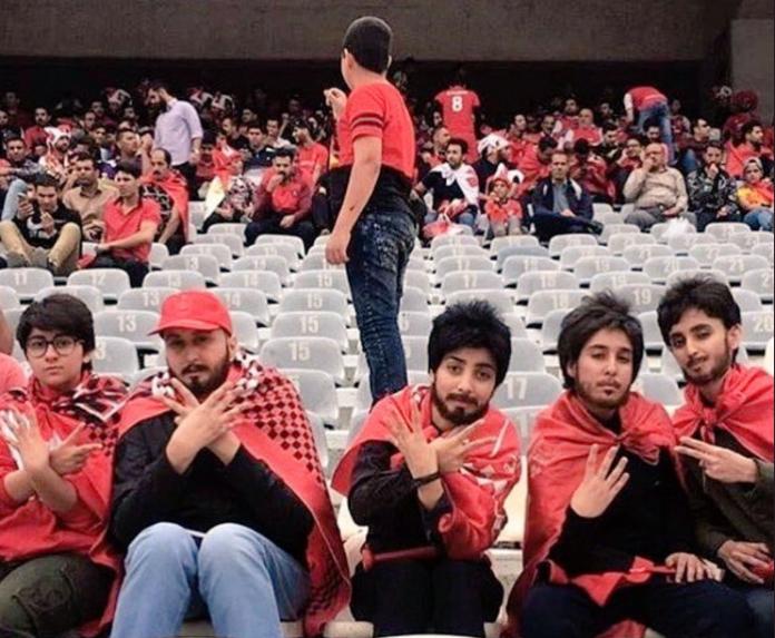 343d9c4923f6 El problema de ser mujer en Irán y que te guste ir al fútbol, tienen ...