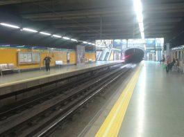 Un hombre, de nacionalidad ecuatoriana, mata a otro empujándole a las vías del metro