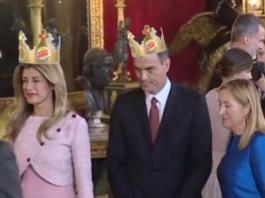 Pedro Sánchez monarquía Felipe VI
