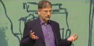 Explicación del profesor Ricardo Moreno Castillo sobre nuestro sistema educativo