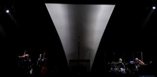 Joan Manuel Serrat interrumpe concierto en Barcelona