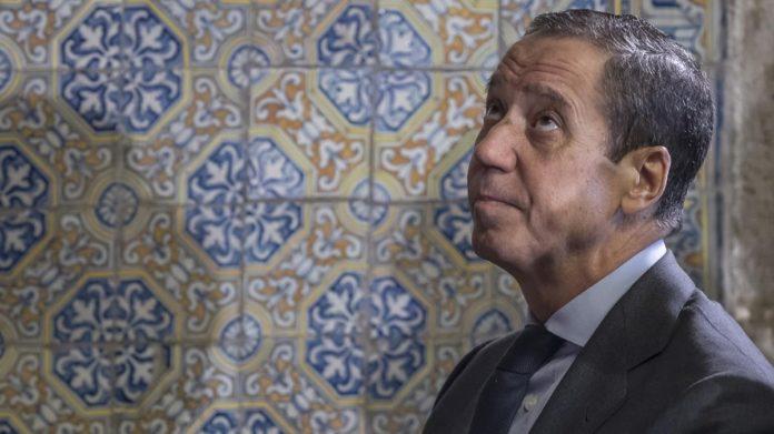 El drama de Eduardo Zaplana y su familia: en 2011 fallece su hijo, en 2015 le diagnostican leucemia a él y en 2018 a su esposa