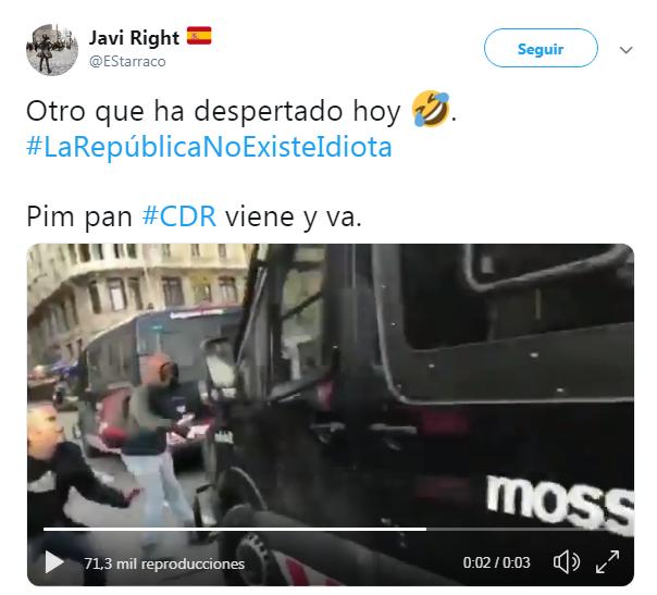 CDR se come el retrovisor de un furgón policial