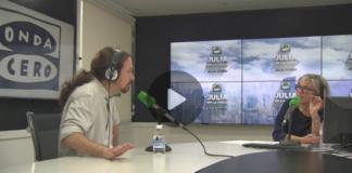 Pablo Iglesias llega diez minutos tarde a una entrevista con Julia Otero