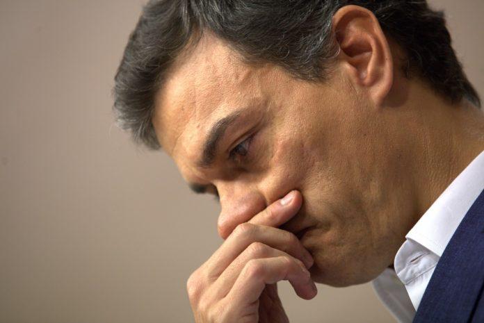 mensajes de los socialistas indignados con Pedro Sánchez