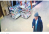 Roban kioskero anciano