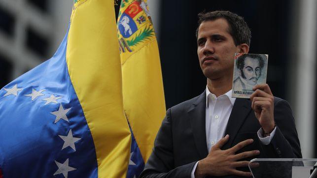 La izquierda española echa bilis y califica de golpe de estado el nombramiento de Juan Guaidó como presidente de Venezuela