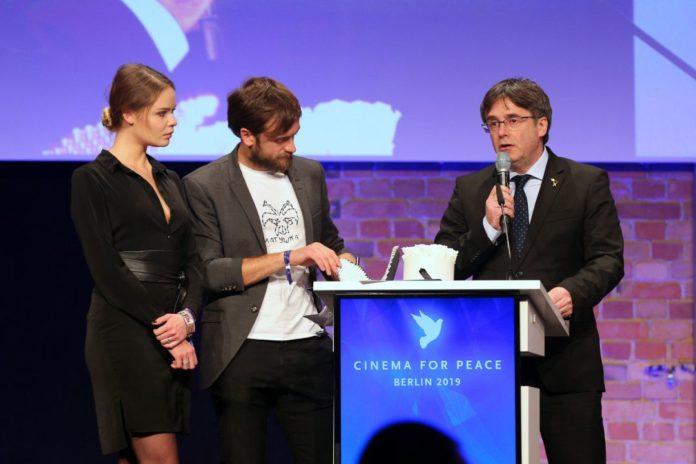 director que se ha negado a recibir un premio de las manos de Puigdemont
