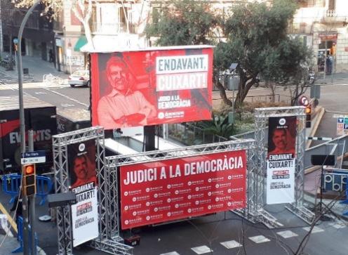 Otro ejemplo de que la indecente de Colau odia a España