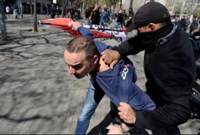 Agredido dos simpatizantes Vox Barcelona