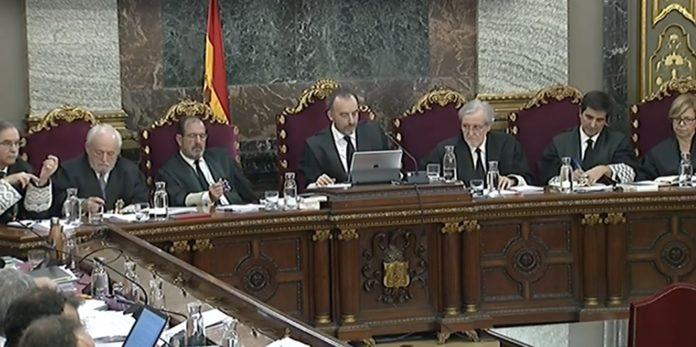 El juicio a los golpistas demuestra cómo se vive en Cataluña cuando no eres separata