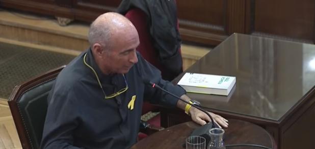 Estúpida excusa Luis Llach Vox juicio 1 octubre
