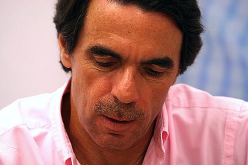 El País teme a Aznar