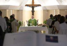 católicos