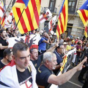 extrema derecha que sí gusta a los separatistas catalanes