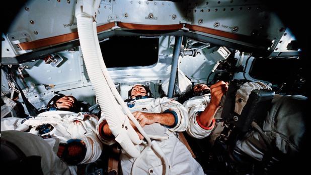 Demanda judicial NASA palabras dichas astronautas mientras orbitaban Luna