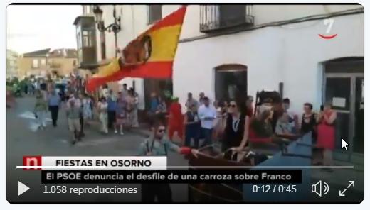 Carroza fiestas de un pueblo Franco resucitado