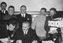 Pacto Ribbentrop-Mólotov